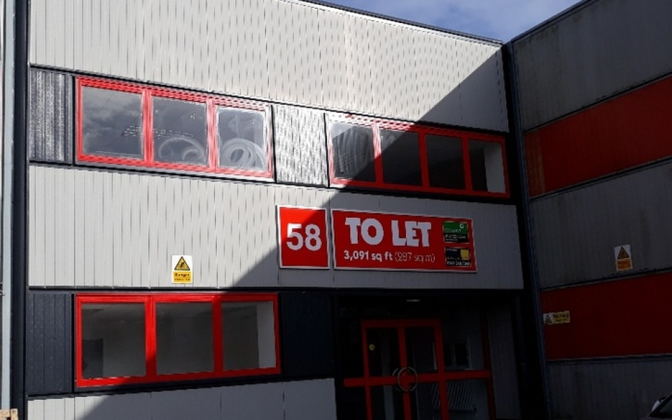 Unit 58 Westfield North Industrial Units To let (1)